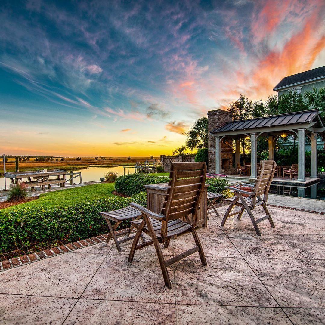 Backyard Goals 🙌 (📸: @thedesignlenz) #HomesofHammockCoast