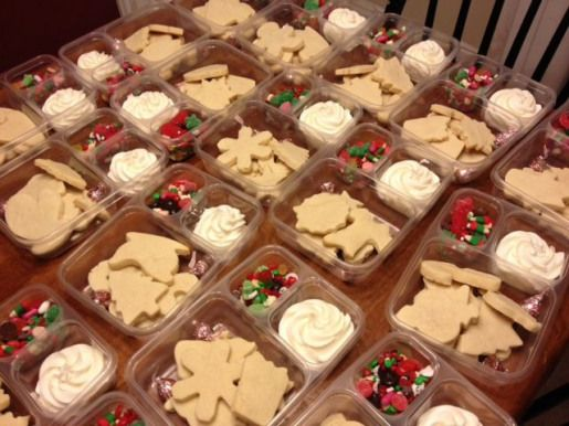 Craftster  pattyofurniture via sisterssuitcaseblog  put together sugar cookie decorating klts for gifts or as a party activity fill the compartments of a multiunit tupper...