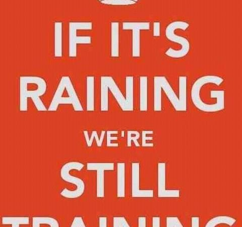 Raining And Training Image Workout Memes Rainy Day Workouts Running In The Rain