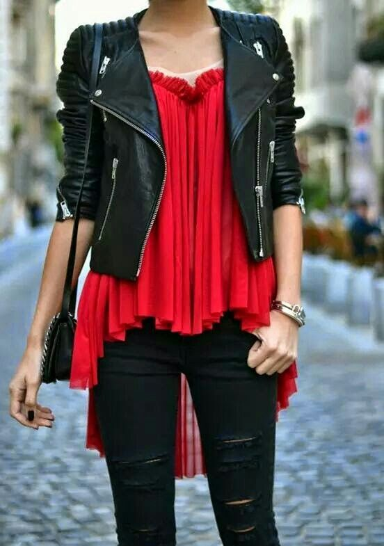 f1915ba930 Chamarra cuero  blusa roja