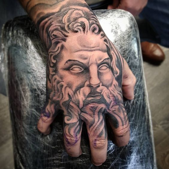 Tatuagens Na Mao With Images Hand Tattoos For Guys Hand Tattoos Tattoos
