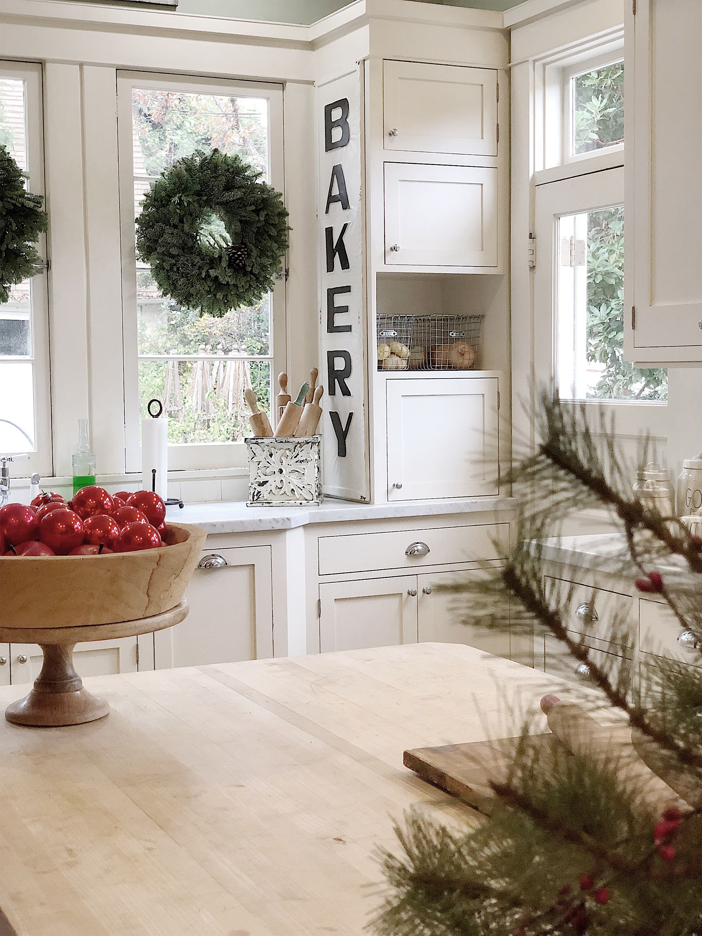 a christmas kitchen tour old house decorating christmas kitchen decor on kitchen xmas decor id=23329