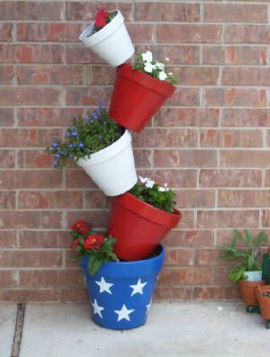 Topiary Flower Pot Stand Lauren Designed This Patriotic Plant Stand For Her Mother Jonetta Flower Pot Tower Flower Pot Crafts Clay Pot Projects