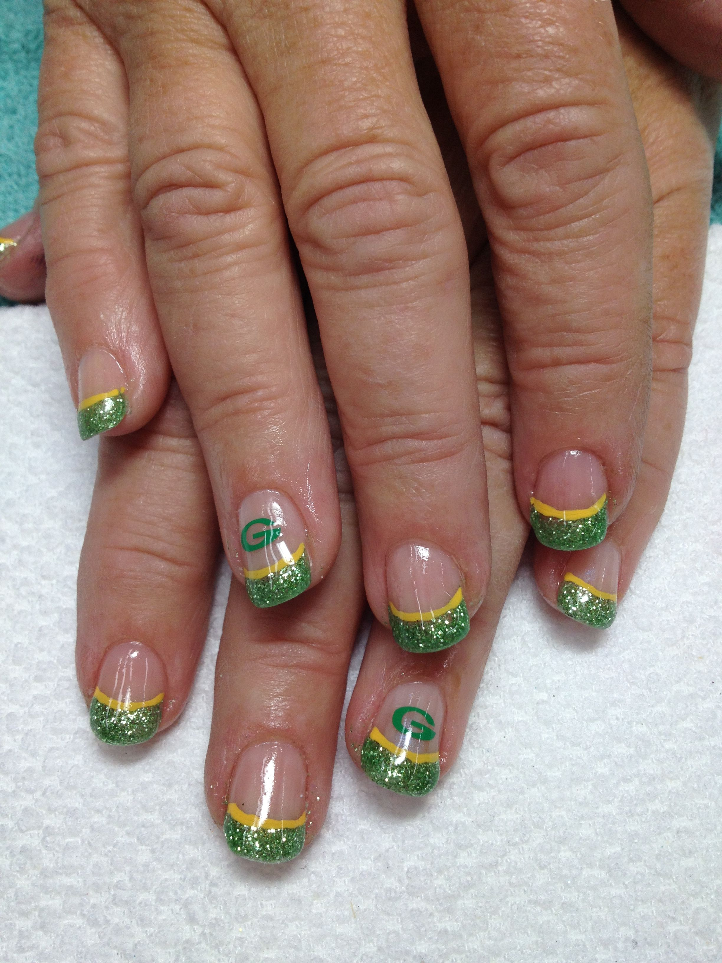 The first set of Packer nails for the season!! Very pretty