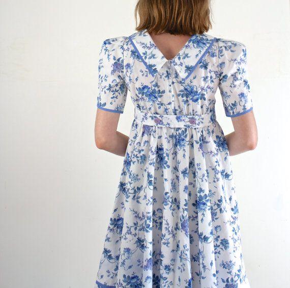 1980s Floral Dress / XS Dress by jessjamesjake on Etsy, $45.00