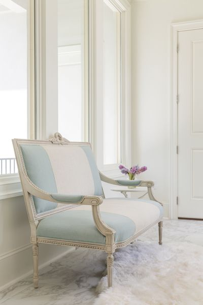 hickory chair louis xvi sit stand uk a french twist new orleans living rooms pinterest style bench by and sheepskin rug occupy the breezeway overlooking side front yards