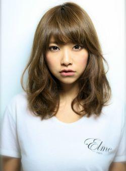 かわいい♡丸顔に似合うヘアスタイルのまとめ|MERY [メリー]
