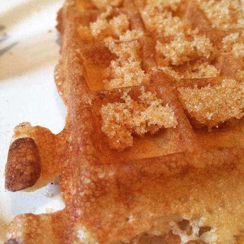 cuisinedemememoniq:Gaufre à la cassonade (Vergeoise) en vue du...