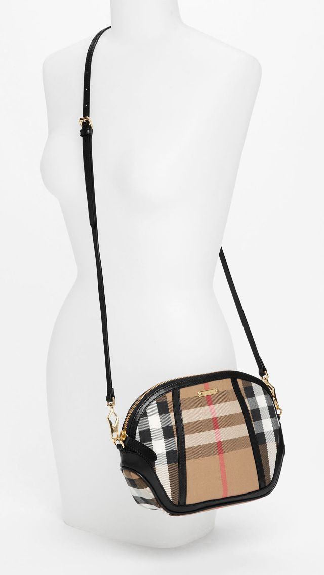 Burberry crossbody bag  b8d5e344dce22