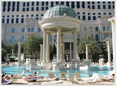 Our favorite pools in las vegas caesars palace las vegas for Caesars swimming pool