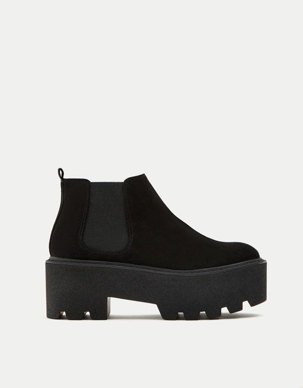 73933c605 Botín plataforma negro - Ver todo - Zapatos - Mujer - PULL BEAR Islas  Canarias