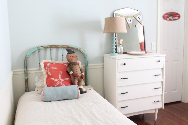 Best Paint Color Sherwin Williams Sea Salt For Master Bedroom 400 x 300