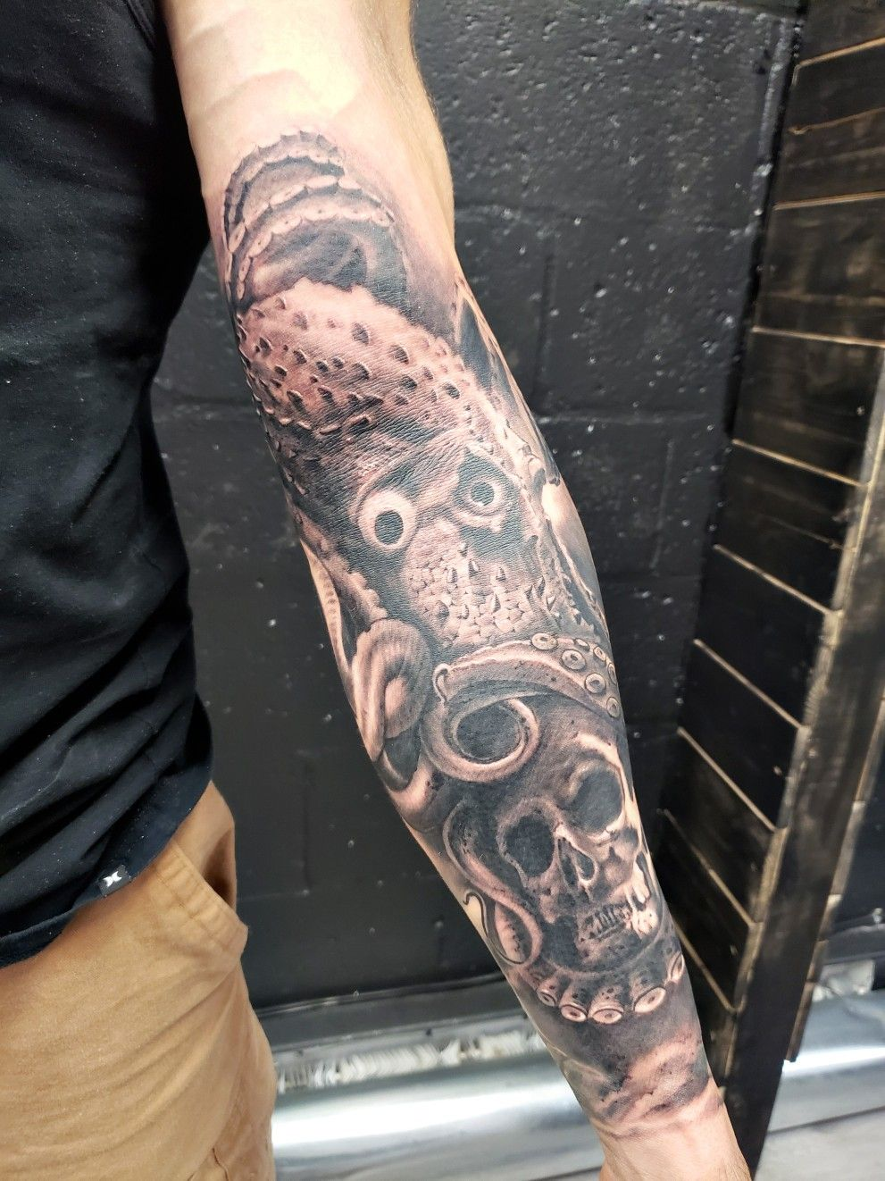 Octopus Realism Black Grey Sleeve Tattoos Tattoos Black And Grey