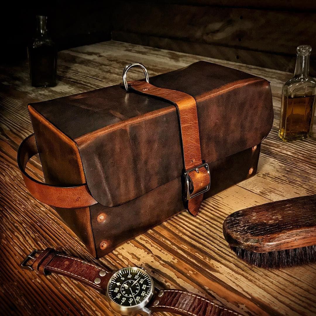 Mascon Leather On Instagram Dopp Kit Travel Toiletry Bag In Horween Dublin 28 Solid Copper Rivets Doppkit Travelbag Toiletrybag