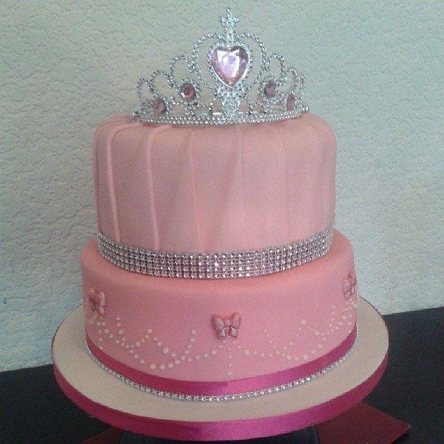 Princess Tiara Birthday Cake Princess Party Theme Pinterest