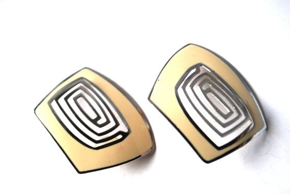 Mod style vintage 60s large pierced  earrings with by VezaVe