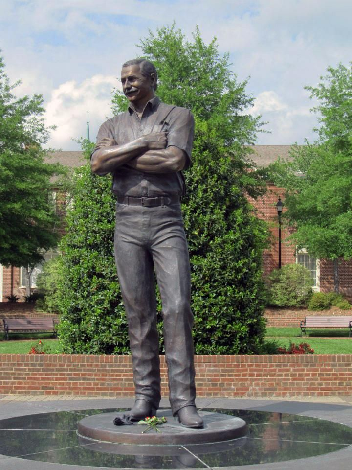 In Kannapolis North Carolina Dale Jr Hometown Heroes The