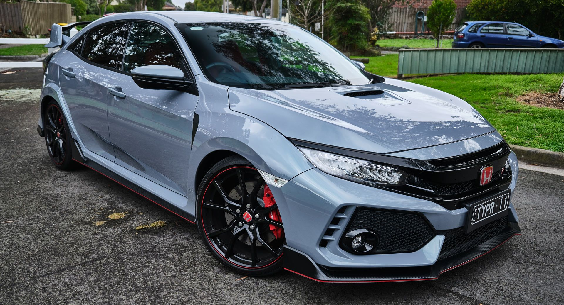 Driven 2019 Honda Civic Type R Does What No Other Hot Hatch Can Carscoops Honda Civic Type R Honda Civic Sport Honda Civic