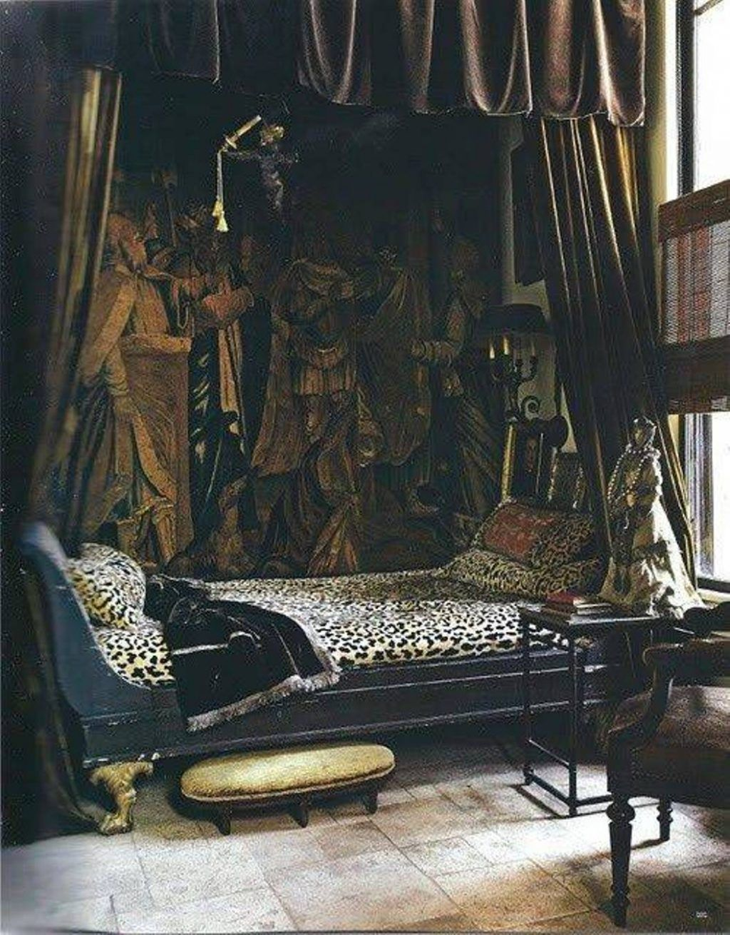 Gothic Bedroom Furniture Victorian Extraordinary Idea