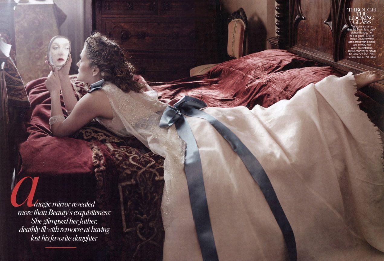 disney dream portrait series large prints | Annie Leibovitz's fairytales | Fotografie de moda