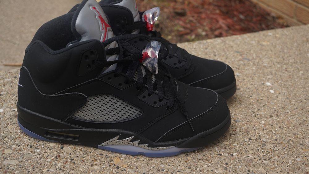 514f5b578e9575 DS Nike Air Jordan 5 Retro Black Metallic Silver Fire Red B 3M mens v 845035 -003