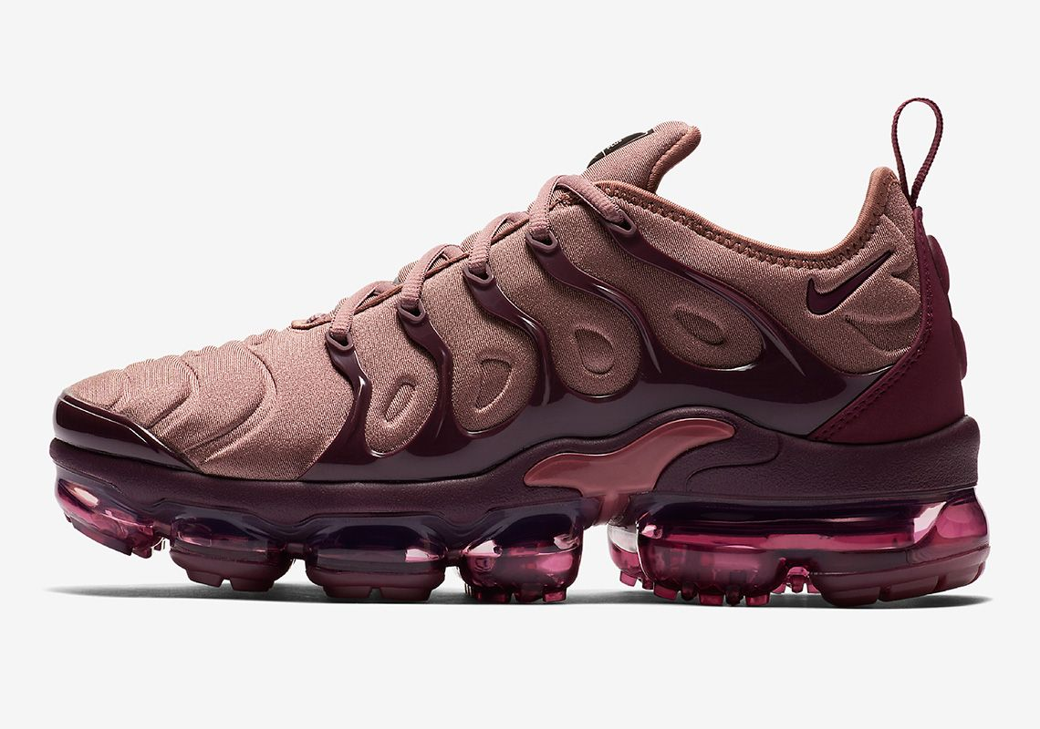 clearance sale wide range outlet store sale Nike Vapormax Plus