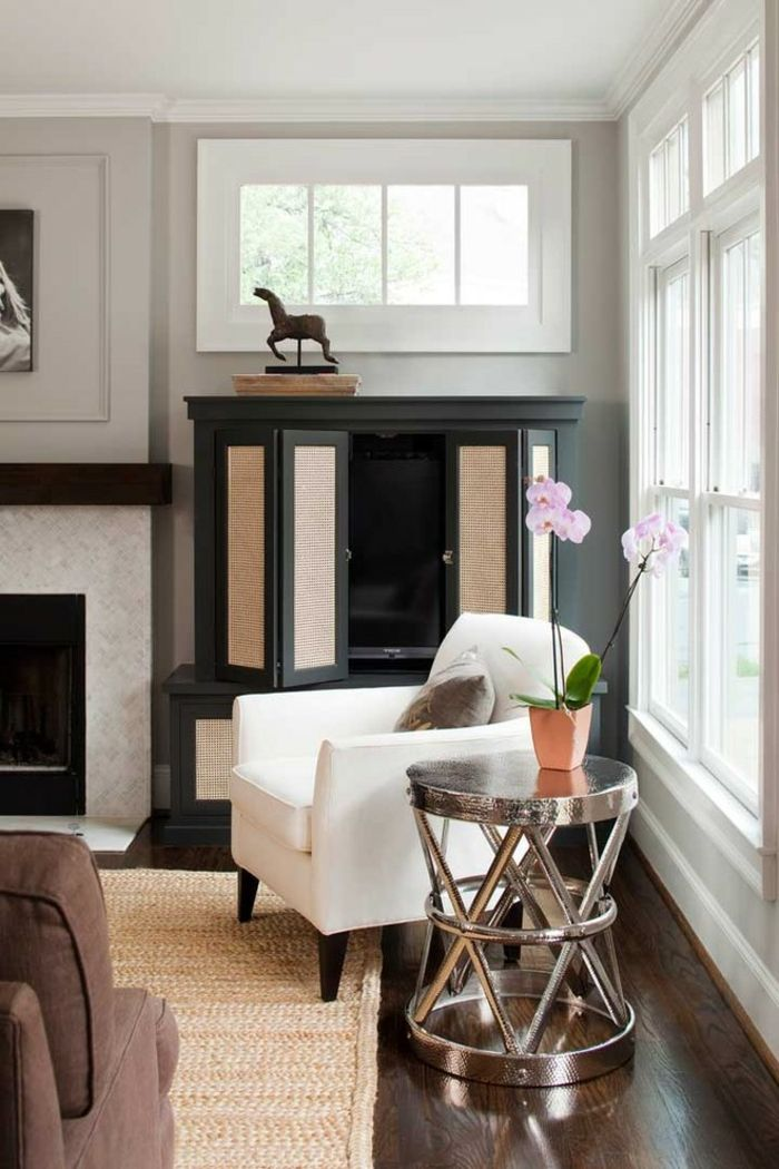 cool runder beistelltisch luxuriöses design wohnzimmer teppich kamin