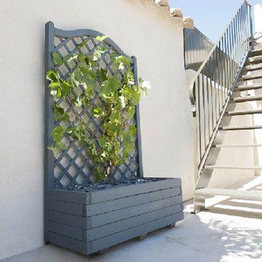 Des Jardinieres Balcon Et Terrasse A Prix Doux Jardiniere Balcon Jardiniere En Bois Treillis