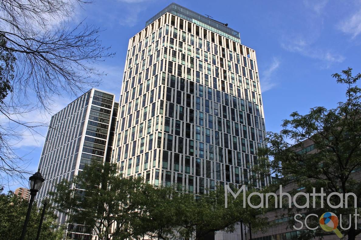 A High Rise Building With 35 Floors And 227 Apartments Located Within Tribeca 101 Warren Street Offers 5 Star Amenities Apartment E Above