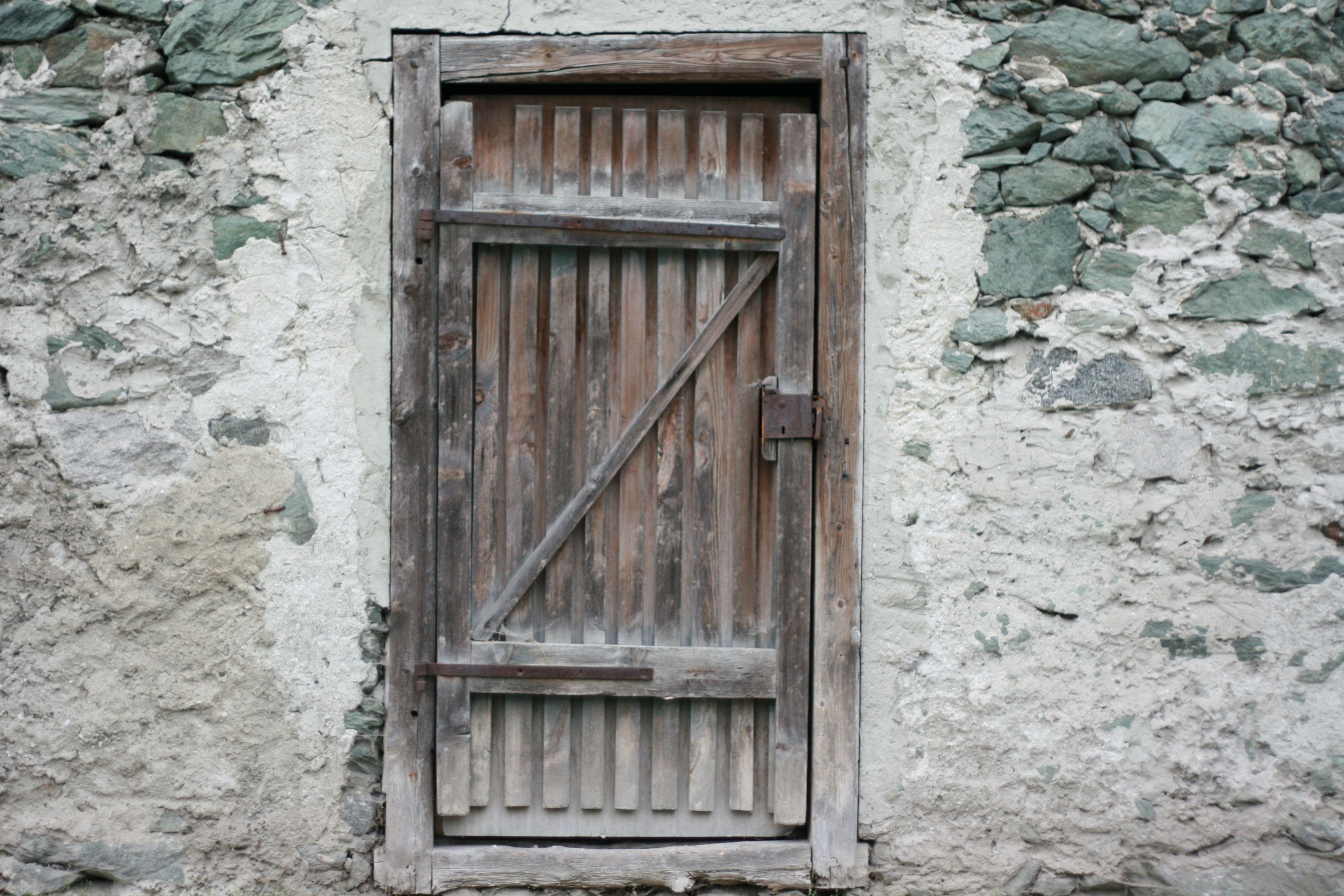 26 Unique And Free Wooden Door Textures Door Texture Wooden Doors Vintage Doors