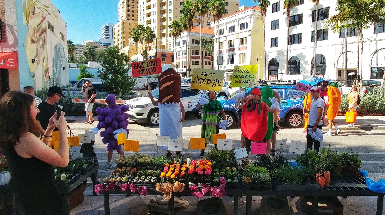 Bake Love Not War At The Green Market Ilovewpb Clematis Street Green War