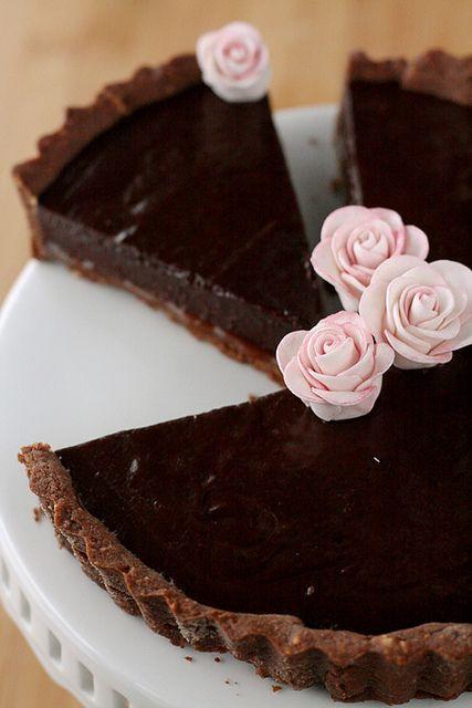 Watch - {Chocolate Caramel Tart}