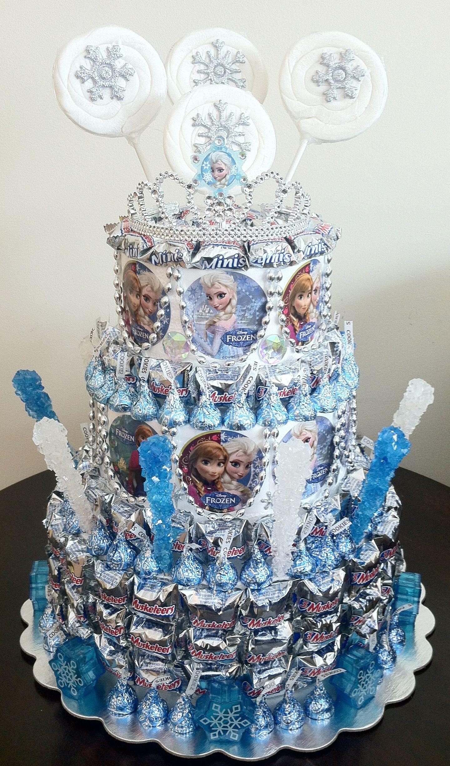 Frozen birthday Party! Frozen centerpiece idea. Pull apart favors that  doubles as a centerpieces