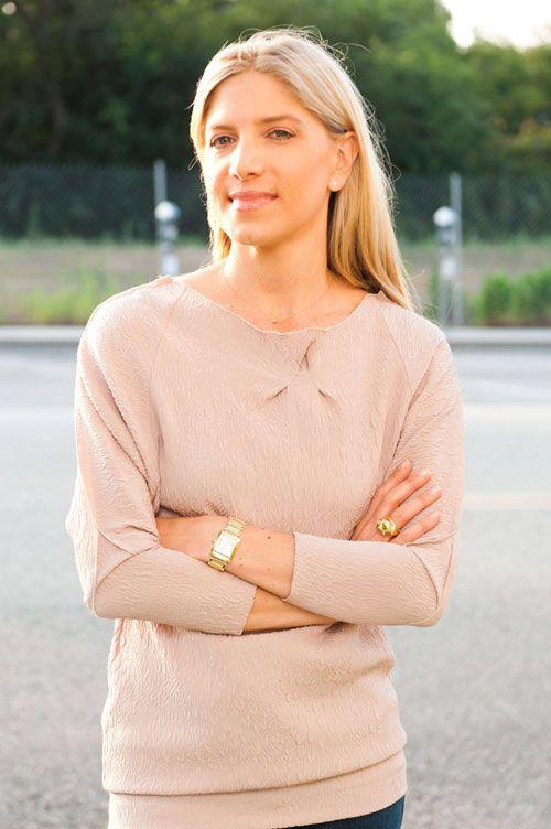 """Tên: Petra Flannery  Nghề nghiệp : stylist Là stylist """"ruột"""" của nhiều ngôi sao với những phong cách hoàn toàn khác nhau như Zoe Saldana, Claire Danes, Emma Stone, Mila Kunis, Megan Fox.."""