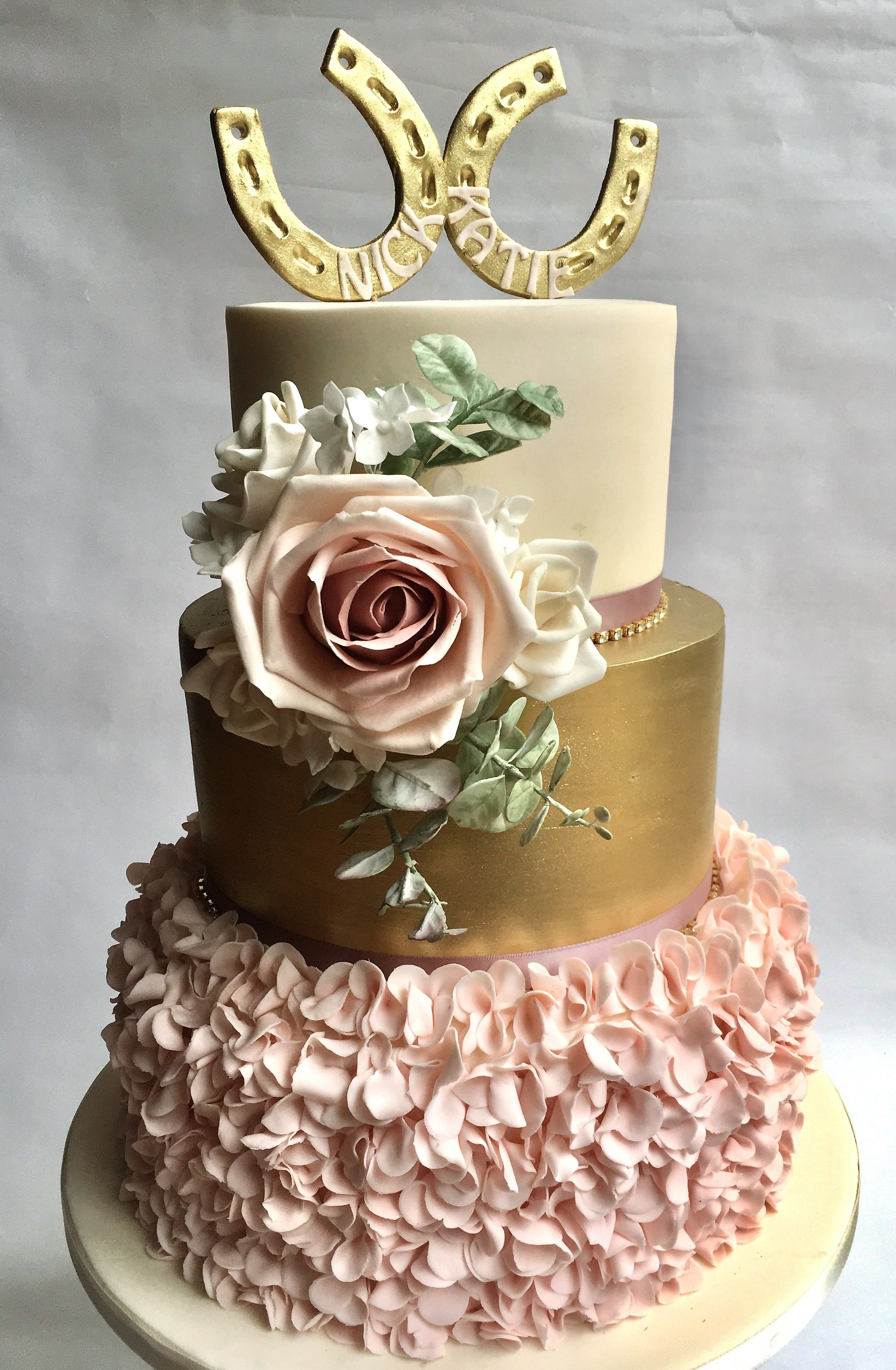 Iced Innovations   Unique Horse Themed Wedding Cake   # ...