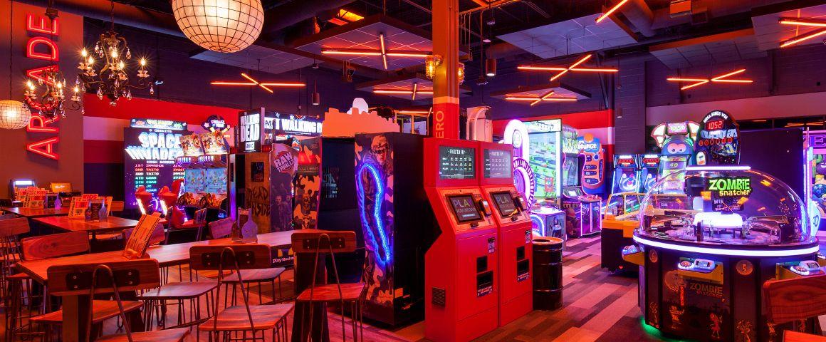 Bowling Alley & Sports Bar in Atlanta Bowlmor 2.22