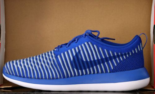 Nike Roshe Two Side Step