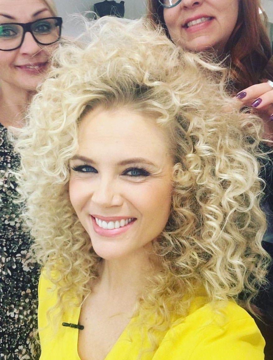 Pin by jukkapekka ihamäki on blondie pinterest curly curled