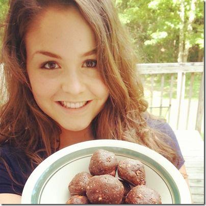 "I added ""Cocoa, Coffee, Almond Bites"" to an #inlinkz linkup!http://inshapecupcake.com/2014/07/16/wiaw-cocoa-coffee-almond-bites/"
