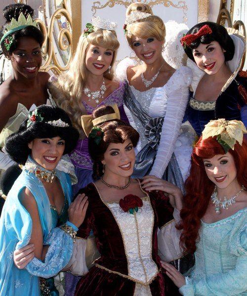 Perfect Princess Picture Tiana Aurora Cinderella Snow White Jasmine Belle And Ariel Disney Face Characters Disney Cosplay Disneyland Princess