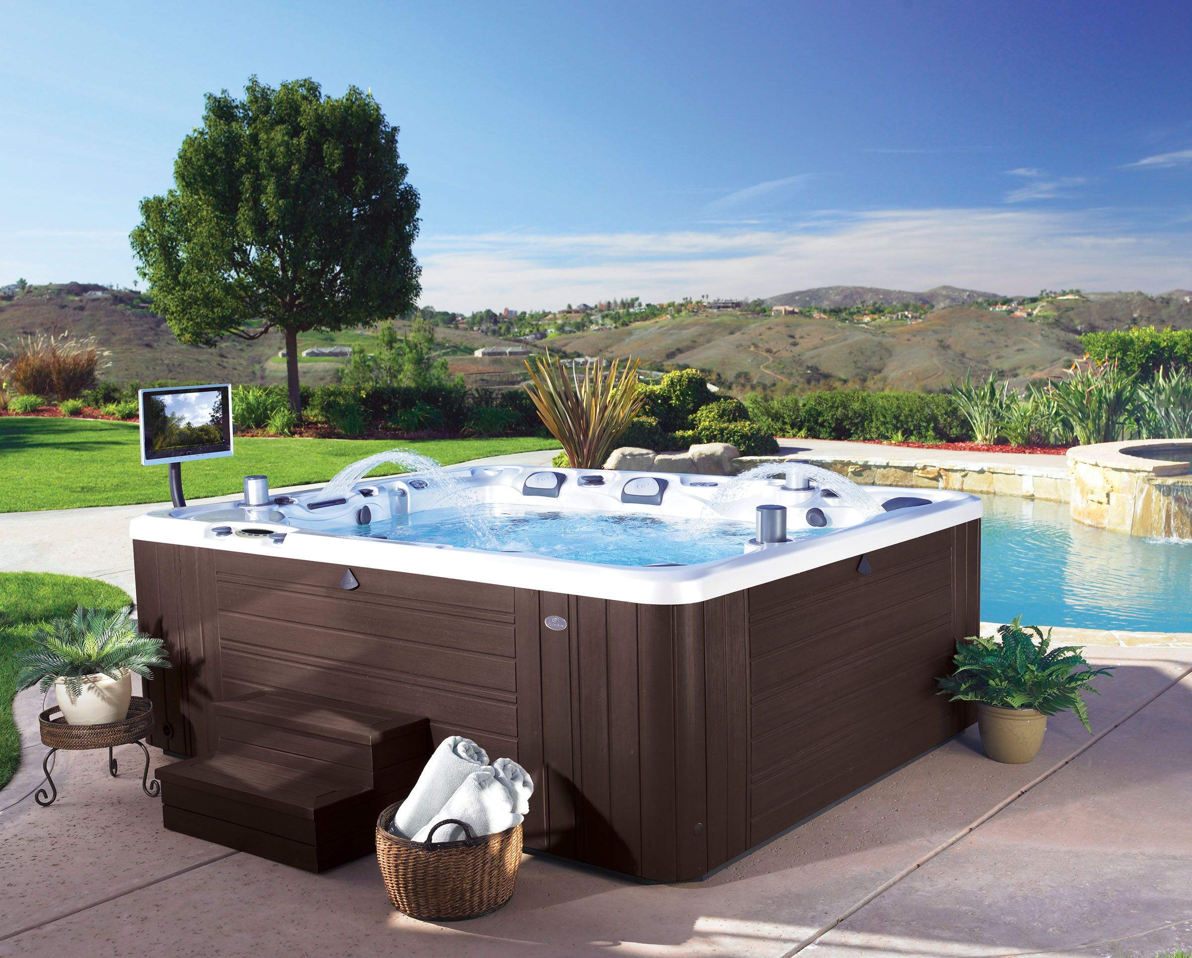 A beautiful Caldera #hottub. Shop the Utopia series to enjoy your next soak.
