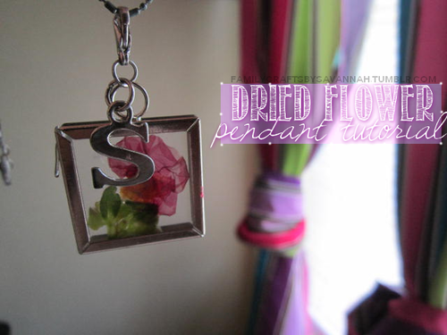 These pendants are very simple, yet pretty and it's easy to personalize and change out as you please!