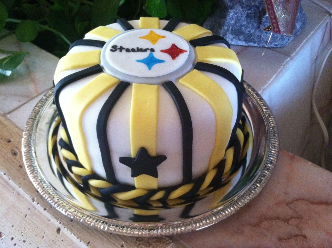 Pittsburgh Steelers Cake Spruzzaconfections Wix Com