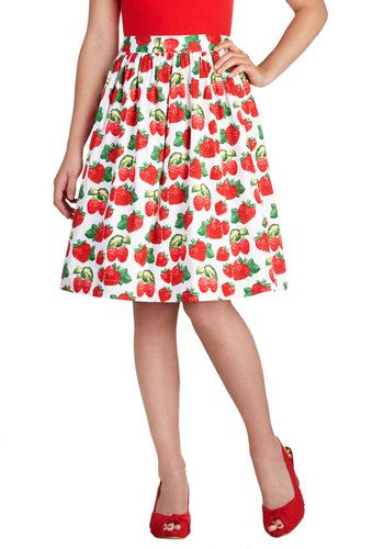 1a923023530 Fresh for the Picking Skirt Plus Size Strawberry Print Plus Size Modcloth