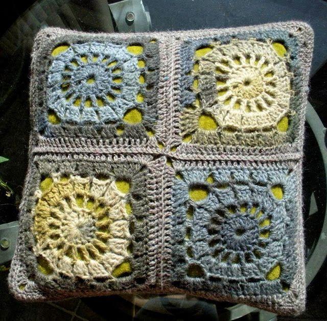 Cera Boutique: Granny square pillows
