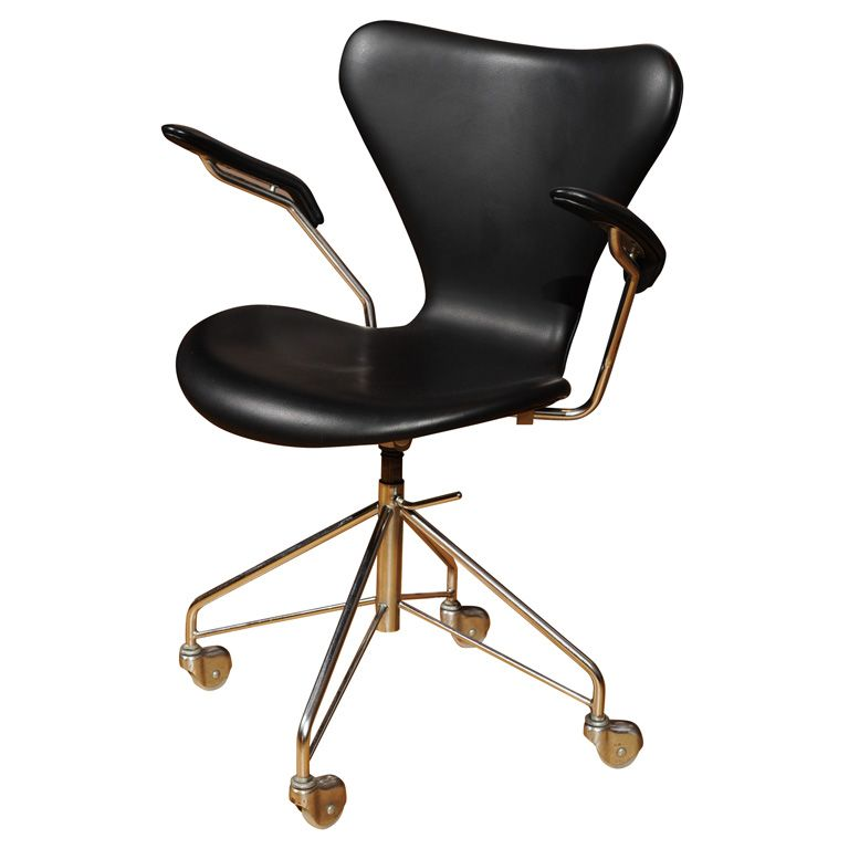 Arne Jacobsen - Office Chair, Series 7, model 3217 | From a unique collection of antique and modern office chairs and desk chairs at http://www.1stdibs.com/furniture/seating/office-chairs-desk-chairs/