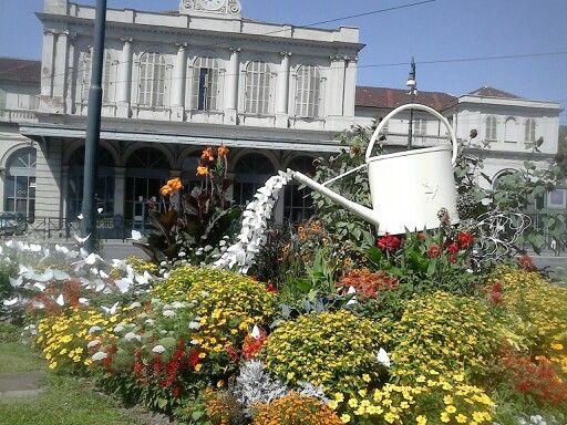 Arredo del giardino piazza xviii dicembre porta susa for Arredo giardino torino