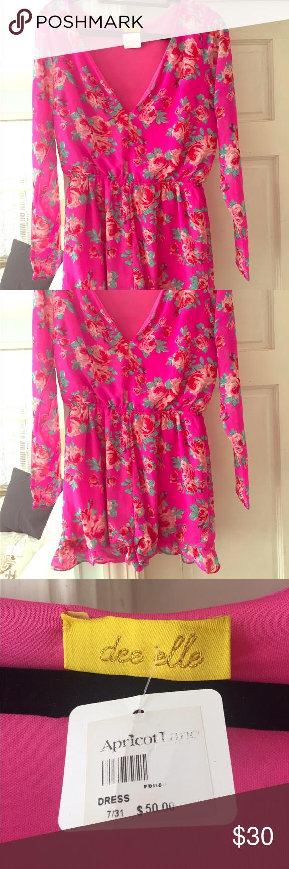 Pink floral print Romper Super flattering romper, perfect for spring/summer, NWT Dresses
