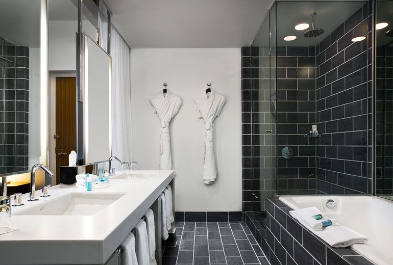 Extreme Wow suite Bathroom----W DALLAS - VICTORY (With ...