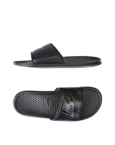 competitive price 769e8 33aa3 NIKE . #nike #shoes #sandals | Nike Men | Nike sandals ...